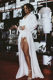 cardigan,robe,silk,long,white,jumpsuit,rihanna,celebrities in white