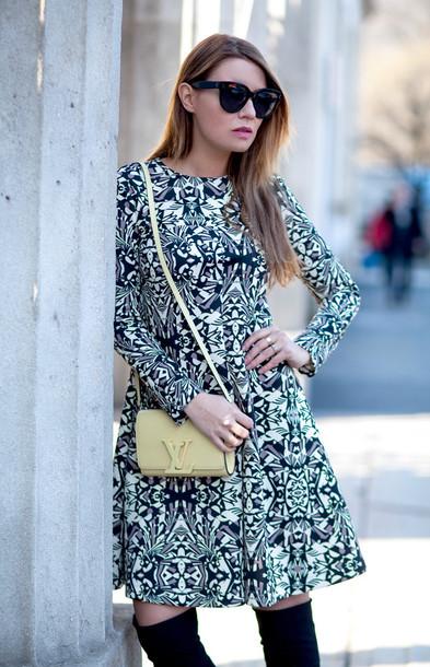 the fashion fruit blogger dress long sleeve dress patterned dress louis vuitton bag
