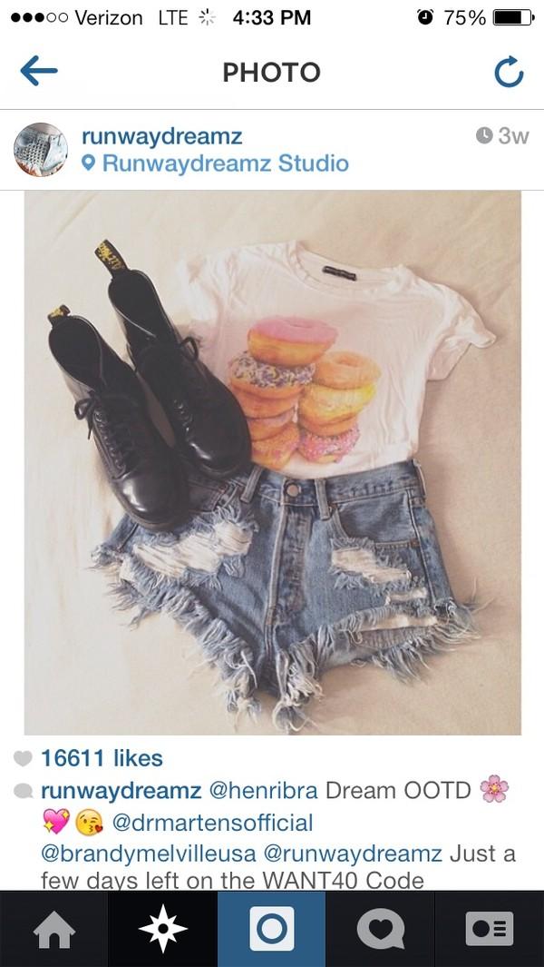 shirt brandy melville shoes shorts