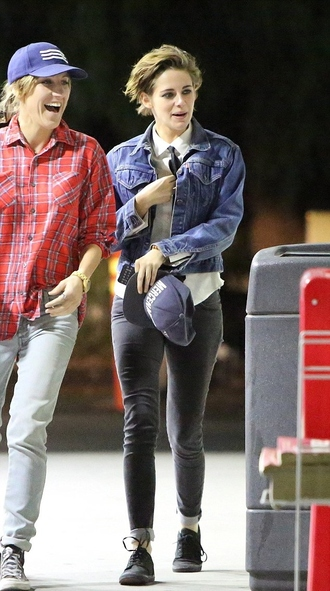 jeans fall outfits kristen stewart streetstyle