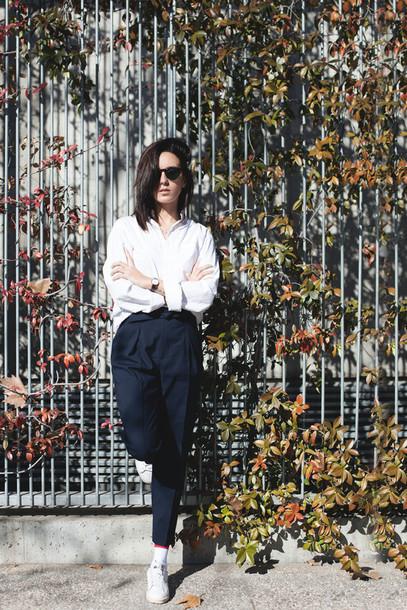 lucitisima blogger white shirt boyish unisex french girl style non-binary androgynous equality