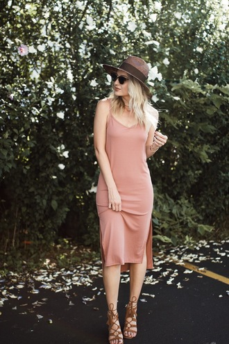 love lenore blogger dress hat sunglasses shoes jewels make-up