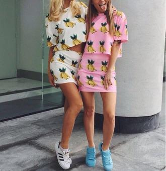 skirt girl girly girly wishlist mini mini skirt print pink white crop tops cropped crop matching set