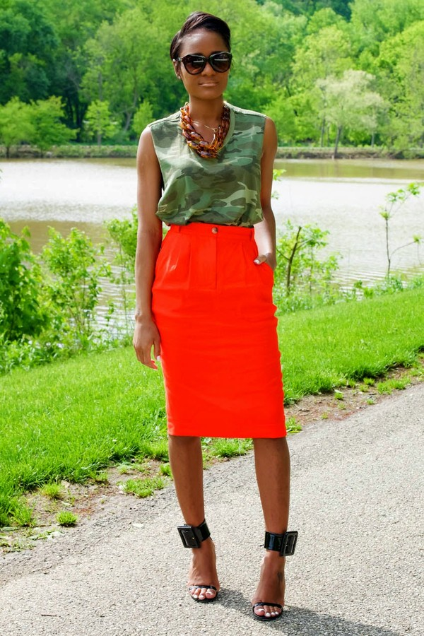the daileigh top skirt shoes jewels sunglasses