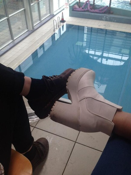 shoes boots nude shoes black poolside