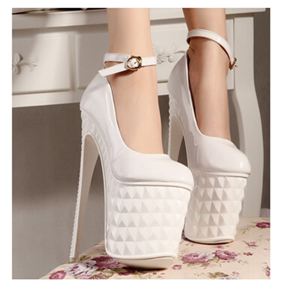 high heels roundtoe thin heel buckle strap sandals closed toe black white party shoes