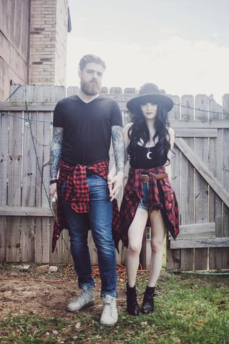 jag lever blogger hat flannel shirt couple boyfriend black tank top