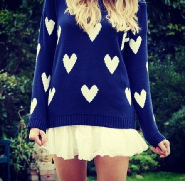 sweater heart style fashion comfy