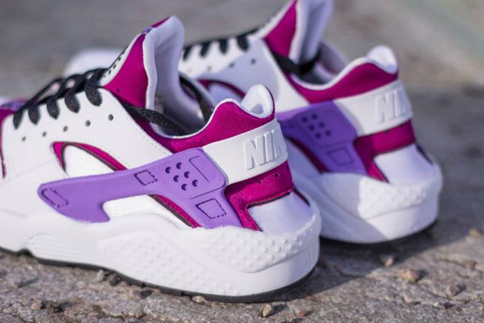 Nike Huarache White And Pink