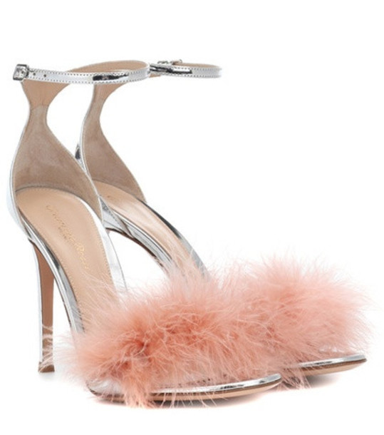 Gianvito Rossi Bliss 100 feather-trimmed sandals in pink