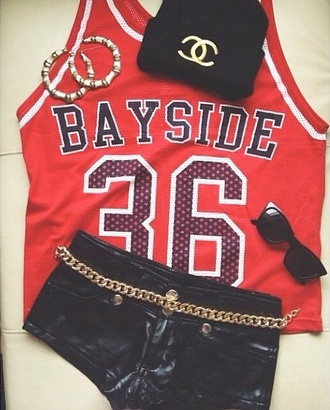pants red swag tumblr girl black gold hat jewels shirt shorts