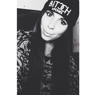 hat bitch beanie black