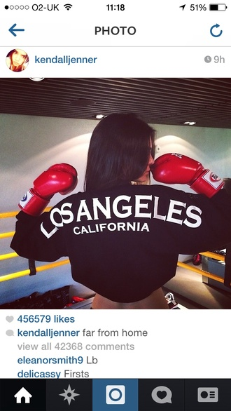 sweater kendall jenner black los angeles white cali shirt jacket los angeles top t-shirt