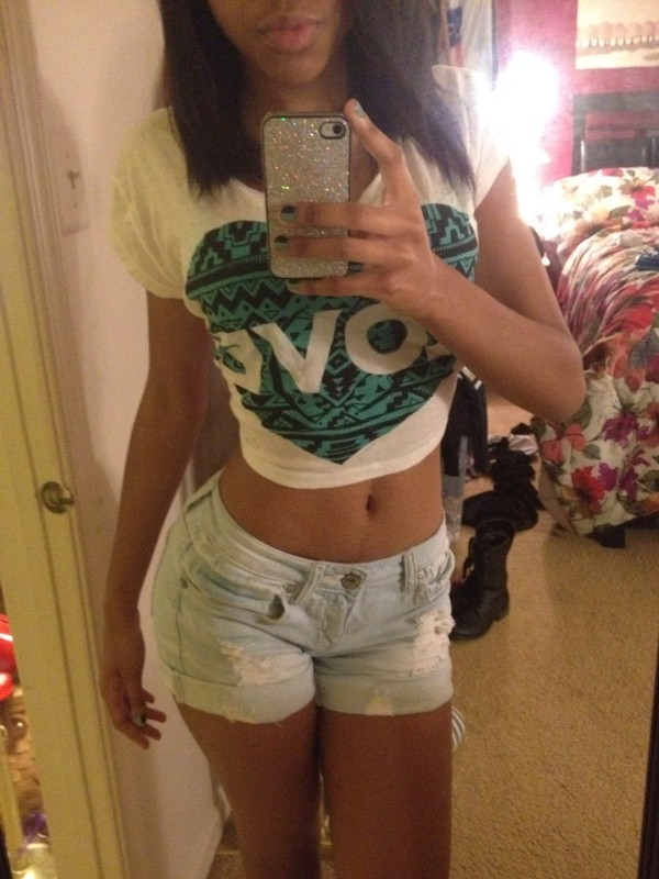 t-shirt forever 21 ripped shorts heart sparkle iphone case iphone 4 case shorts
