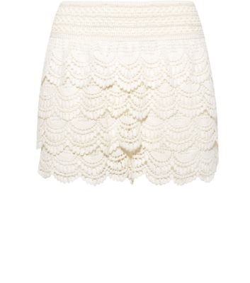 Cream Layered Crochet Shorts