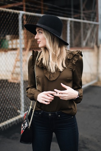 love lenore blogger top jeans shoes hat bag jewels ruffle felt hat shoulder bag