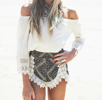 t-shirt dentelle shorts