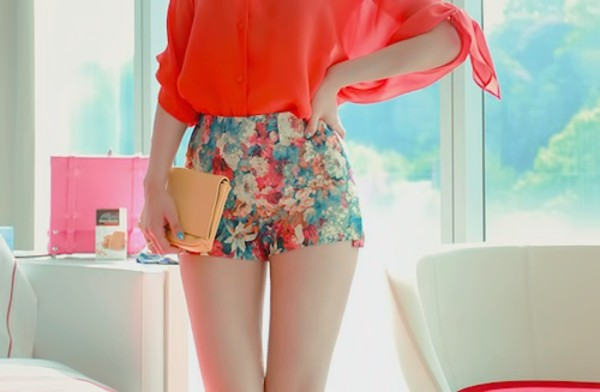 shorts flowered shorts High waisted shorts pants colorful floral blue red