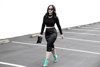 ktr style blogger cat eye strappy sandals pencil skirt cropped sweater top skirt shoes