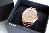 jewels,marc by marc jacobs,gold watch,wacth,beautiful,gold