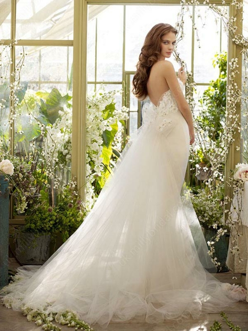 Sheath/Column Strapless Tulle Satin Sweep Train White Appliques Wedding Dresses