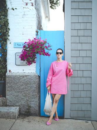 dress tumblr mini dress pink dress long sleeves long sleeve dress shoes flats pink shoes ballet flats bag net bag sunglasses