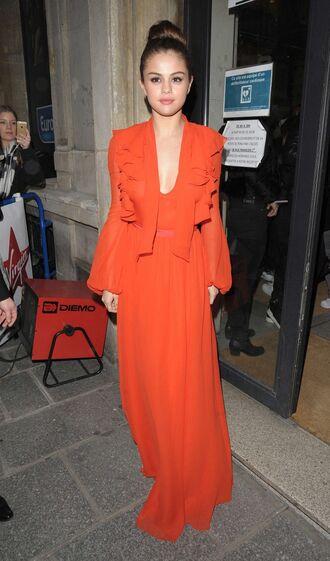 dress red dress gown selena gomez plunge dress streetstyle fashion week 2016 paris fashion week 2016 long prom dress prom dress
