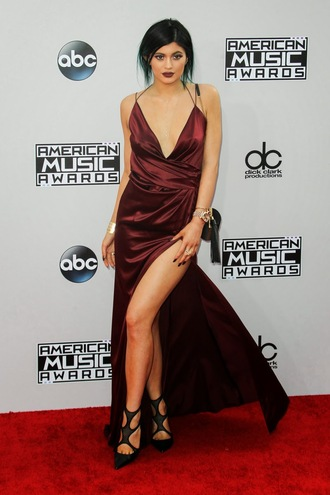 dress kylie jenner burgundy dress sexy dress backless sexy high slit dress prom dress american music awards burgundy slit 2014 american music awards sexy halter neck kylie jenner dress kendall and kylie jenner high slit skirt