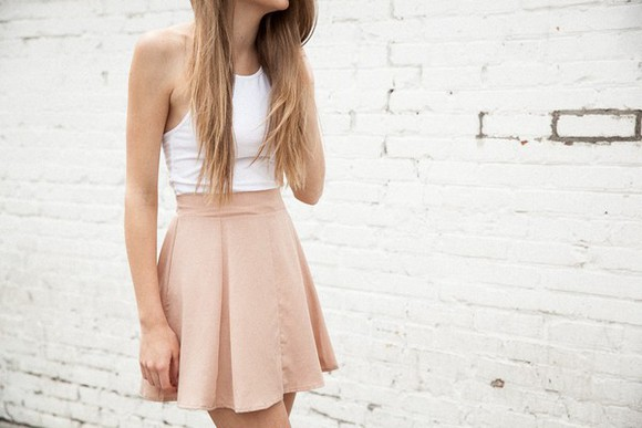 white shirt baige skirt
