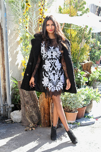tuolomee blogger dress coat black and white dress black coat fuzzy coat
