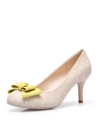 high heels beige shoes vintage shoes polka dot shoes polka dots shoes 50s style 50s shoes womens shoes women's shoes heels shoes party shoes polka dots