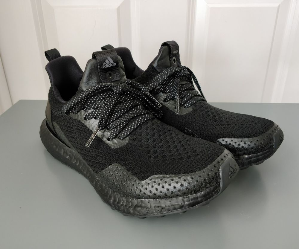 adidas Ultra Boost Laceless Triple Black BB6222
