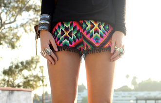 shorts ethnic shorts ethnic print bohemian colorful aztec ethnic ethnic pattern ethnic patterns style cute hot colorful shorts clothes sexy pom pom shorts pom poms beach summer beach short beach shorts black pink blue green geometric jewels sweater shirt blouse mini shorts