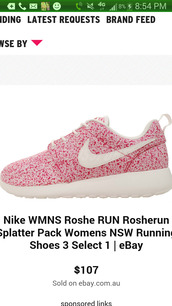 shoes,pink nike roshes