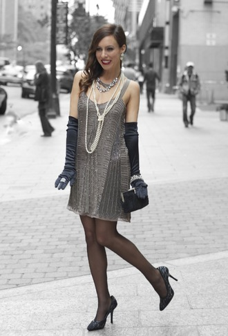 dress halloween outfit flapper girl flapper dress pearl gloves stockings heels