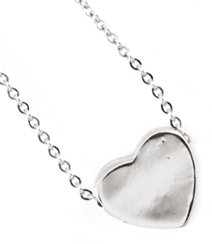 Tiny heart necklace