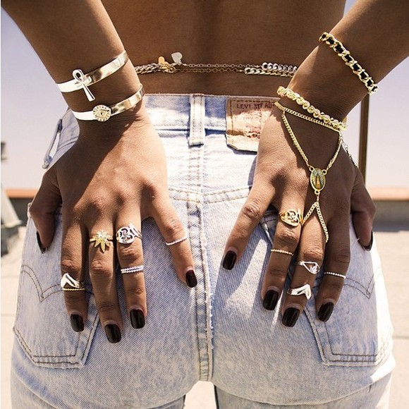 jewels bracelets ring hand accesory accessories shorts gold ring body chains
