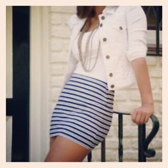 tank top white white coat low dress shirt skirt blue and white marine blue striped skirt bag jacket girl buttons mid-sleeve stripes blue skirt necklace