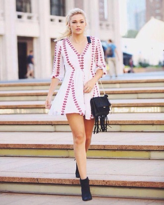 blouse olivia holt dress white floral pink polka dots v neck pink and white white and pink short nyfw bag shoes