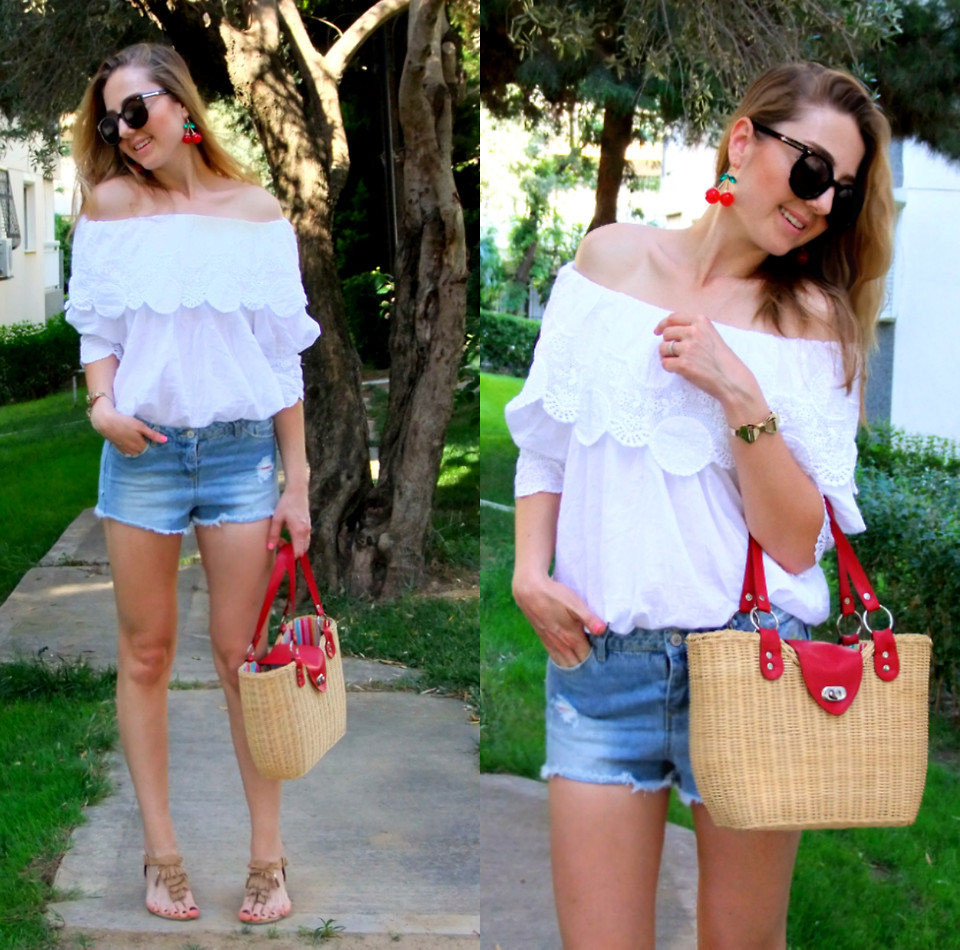 Off-shoulder Top With Lace Trim - Retro, Indie and Unique Fashion