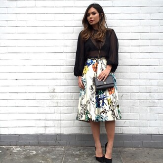skirt tibi midi skirt floral black and white revolve clothing revolve revolveme print tattoo pleated skirt floral midi skirt