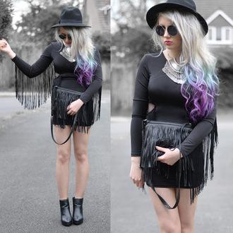 sammi jackson blogger dress bag hat sunglasses jewels shoes coin necklace grunge vintage