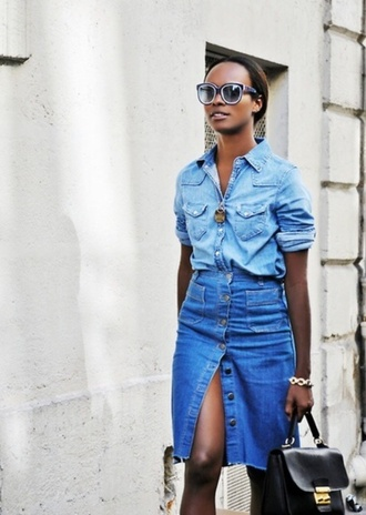 skirt buttoned skirt denim slit skirt slit skirt button up denim skirt button up skirt midi skirt denim skirt blue skirt all denim outfit shirt denim shirt sunglasses bag black bag handbag streetstyle spring outfits