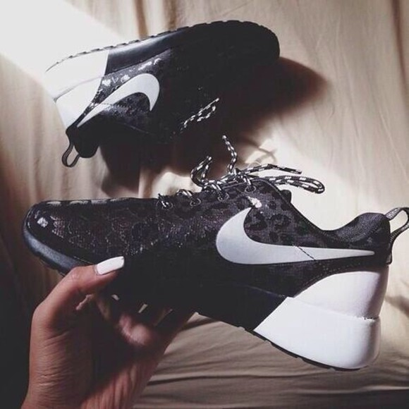 shoes nike running shoes cheetah nike black white