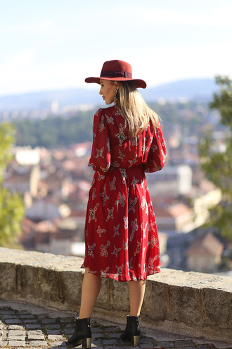 dress tumblr midi dress printed dress red dress long dress long sleeves long sleeve dress fall dress hat boots ankle boots fall outfits