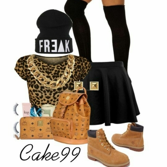 t-shirt crop tops leopard print timberlands freak hat earings studs chain gold necklace wallet tights