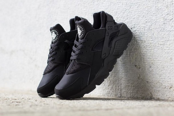 9ee2f04c5fbe5 shoes nike huarache huarache black nike huaraches black black sneakers nike  sneakers huarache