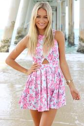 dress,sexy dress,summer dress,flowers,floral,flora,sabo skirt,blogger,fashion,chanel