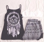 feathers,t-shirt,eye,black and white,tribal pattern,hippie,short,shirt,black and white blouse,black,tank top,dreamcatcher,top,elephant,boho,summer,shorts