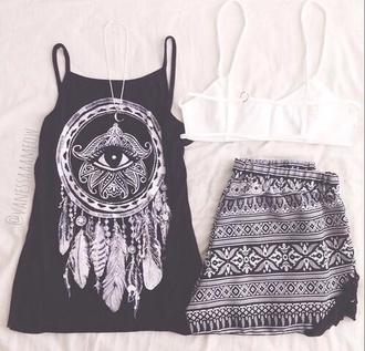 feathers t-shirt eye black and white tribal pattern hippie short shirt black and white blouse black tank top dreamcatcher top elephant boho summer shorts